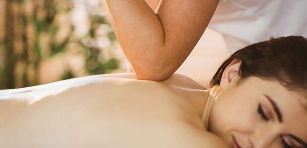 Hot stone massage for lower back pain-3621