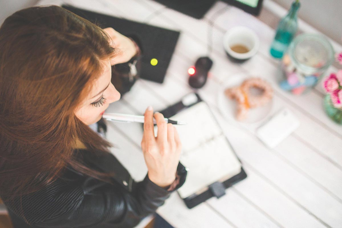 8 Ways To Make Your Workspace Healthier